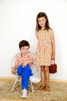 Hugo poloshirt with orange fish - Lily Balou Love, love, LOVE that He can't be bothered :)
