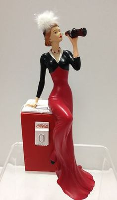 Flawless Delight Lady Figurine - Coke Beauties of the Coca Cola Coca Cola Decor, Coca Cola Drink, Coca Cola Ad, Always Coca Cola, Pepsi, Coca Cola Merchandise, Vintage Coke, Barbie, Victorian Women