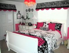 Teen girls room. Chic in black, white and hot pink.