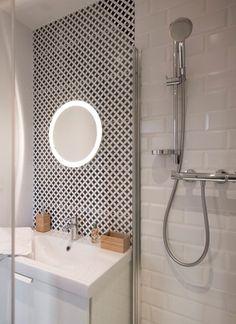 Inspirations, favorites, trends, interior architecture agency Source by Bathroom Toilets, Small Bathroom, Masculine Bathroom, Bathtub Shower, Master Shower, Bathroom Vanity Lighting, Beautiful Bathrooms, Bathroom Inspiration, Home Projects