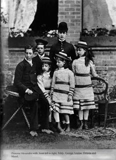 Alexandra with her children
