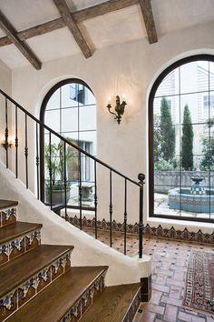 Mexican decor: Spanish style interior...