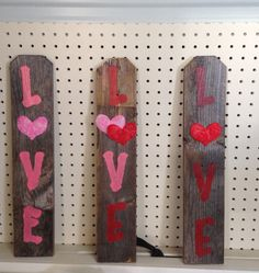 Valentine's picket fence wall decor. By Upcycled Diva