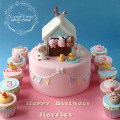 Farm animal birthday cake and cupcakes Farm Birthday Cakes, Animal Birthday Cakes, Farm Animal Birthday, Birthday Cake Girls, 2nd Birthday, Barn Cake, Farm Animal Cakes, Cupcakes Decorados, Girl Cakes