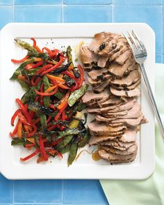Broiled Soy-Glazed Pork with Rice and Asian Vegetables--Thanks to the broiler's high heat, elegance is effortless -- and fast -- in our pork tenderloin with snow peas, bell peppers, carrots, and scallions. Quick Recipes, Side Dish Recipes, Pork Recipes, Asian Recipes, Dinner Recipes, Primal Recipes, Cooker Recipes, Delicious Recipes, Dessert Recipes