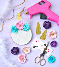 Every Christmas tree needs a Unicorn Christmas Tree Ornament! Add a little glam to your Christmas tree with this fun and easy unicorn ornament tutorial. Unicorn Christmas Ornament, Unicorn Ornaments, Cute Christmas Tree, Christmas Ornament Crafts, Personalized Christmas Ornaments, Diy Christmas Decorations Easy, Unicorn Crafts, Ornament Tutorial, Diy Blog
