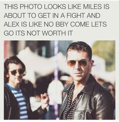 yeah The Last Shadow Puppets, Alex Turner, Photo Look, Singers, Bands, Mens Sunglasses, Let It Be, Style, Swag