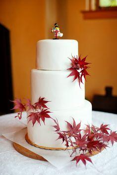 Jen Alex Vegan Wedding Cake  Keywords: #veganweddingcakets #jevelweddingplanning Follow Us: www.jevelweddingplanning.com  www.facebook.com/jevelweddingplanning/