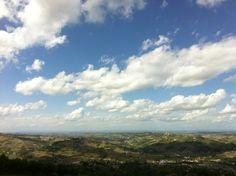 Langhe e nuvole. fondazione CesarePavese