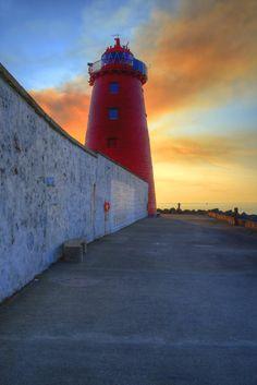 Poolbeg Lighthouse, Dublin Port, Ireland. Built in 1768.