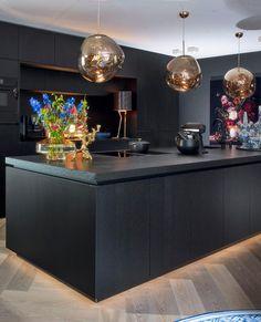 Kitchen Pantry, New Kitchen, Kitchen Dining, Luxury Living, Kitchen Interior, Bellisima, Interior Inspiration, Home Kitchens, Kitchen Remodel