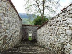 Albanie Description :Centres historiques de Berat et de Gjirokastra