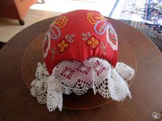 Embroidered tykkimyssy. Folk Costume, Costumes, Home Sew, Traditional Outfits, Handicraft, Finland, Folk Art, Roots, Sewing