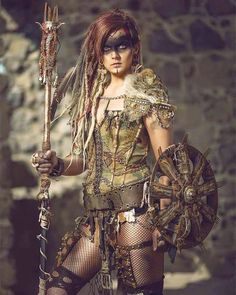 Post Apocalyptic Costume, Post Apocalyptic Art, Apocalyptic Fashion, Apocalypse Makeup, Apocalypse Costume, Apocalypse Survival, Zombie Apocalypse, Viking Warrior Woman, Warrior Girl