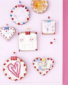 This are really cute.  Frames made from cardboard and thumbtacks!