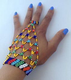 Elegant handmade African jewelry and accessories por HouseofYimama
