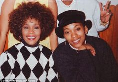 Whitney and Robyn Crawford, right. The pair were extremely close prior to Whitney's marriage to Bobby Brown although the singer has always adamantly denied that she was a lesbian Whitney Houston, Guinness World, Soul Music, Bobby Brown, Comedians, New Books, Girlfriends, Best Friends, Relationship