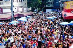 """A festa contará com a banda """"Me Beija"""", o DJ William Vorhees e o baile Charme Black"""