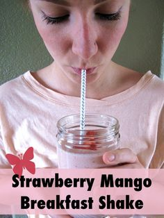| AIP / Paleo Strawberry Mango Breakfast Shake | http://asquirrelinthekitchen.com