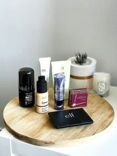 Realized it's been a hot minute since my last foundation routine blog post. So, here's all of the essentials I've been using for my latest base makeup! http://www.naancymaac.ca/2018/04/my-daily-foundation-routine-2018.html . . . . . #bbloggersCA #foundation #makeup #beautybloggers #bbloggers #torontoblogger #foundationroutine #benefitmakeup #benefitcosmetics #deciem #theordinary #elf #elfbeauty #thefaceshop #wetnwildbeauty #review #pixibypetra #pixibeauty #flatlay #ontheblog #toronto