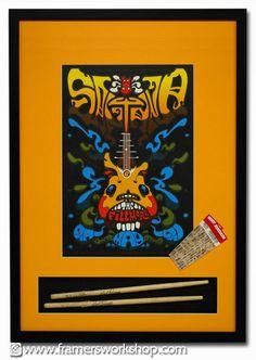 Framed Santana poste