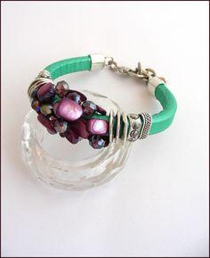 Bracelet Cuir épais Vert- perles nacre Prune/Violet , métal et cristal - bracelet femme : Bracelet par ladyplazza Prune, Bracelet Cuir, Violet, Pandora Charms, Bracelets, Charmed, Etsy, Jewelry, Crystal