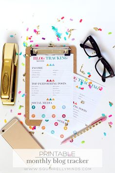 Blog Tracking Printable, a fun and organized way to keep record of your blogging growth each month! Delineateyourdwelling.com