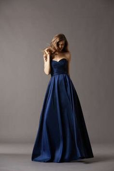 @Amy Lyons Watters navy blue bridesmaid dress; I would have in dark brown