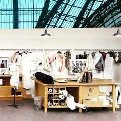 New Fashion Design Studio Office Atelier Ideas Clothing Studio, Design Studio Office, Workshop Studio, Sewing Room Organization, Dream Studio, Grand Palais, Sewing Rooms, Sewing Spaces, Sewing Studio
