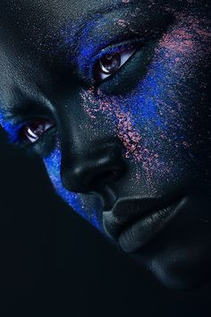 Alex Buts — photography - Creatively Beautiful and colorful photos by Kiev based, fashion and beauty photographer, Alex Buts. Art Afro, Black Background Wallpaper, Human Art, Black Women Art, Beauty Shots, Art Model, Creative Photography, Neon Photography, Fashion Photography