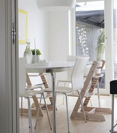 Mix white and wooden chairs | Tonje's dining room in Norway | live from IKEA FAMILY