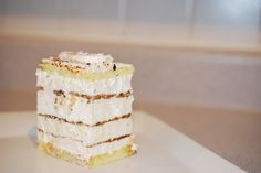 Krispie Treats, Rice Krispies, Meringue, Havana, Vanilla Cake, Pastries, Layers, Desserts, Food