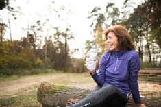 The most common bone and muscle problems the aging body may experience include osteoarthritis when the cartilage in your joints begins to break down, osteomalacia which is a softening of the bones, osteoporosis that leads to brittle b Flat Abs, Flat Stomach, Flat Belly, Lower Stomach, Reduce Belly Fat, Lose Belly Fat, Reduce Weight, Lose Fat, Benefits Of Stretching