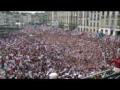 The Biggest Flash Mob ever of Lady Gaga in the Bayonne's festivals in France 2011 - YouTube