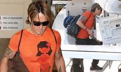 Keith Urban arrives in Australia without Nicole Kidman for dad Robert's funeral | Daily Mail Online