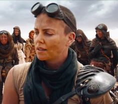 Mad-Max-Fury-Road-Charlize-Theron-Goggles-Front