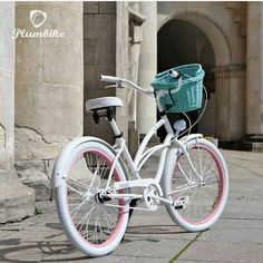 Jupi es viernes  En la foto bicicleta PEARL disponible en nuestra tienda   www.favoritebike.com  Bicicleta para mujer retro. Diseñada en una combinación de tres colores: blanco y rosa  #feliz #viernes #favoritebike #plumbike #bicycle #mibici #primavera #fashion #diseño #loveit #shopoholic #healthystart #deporte #mylove #sunny #sweet #travel #madrid #sevilla #cadiz #wonderful #cute #ciclismo #chic #picoftheday
