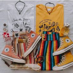Girls can put on distinctive smiles based mostly on the circumstance. They know put on correct make-up. College girls usually don't put on a lot make-. Mode Outfits, Retro Outfits, Cute Casual Outfits, Vintage Outfits, Summer Outfits, Aesthetic Fashion, Aesthetic Clothes, Alternative Rock, Teen Fashion