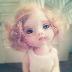 Gorgeous needle felted doll! IMG_20130119_100442.jpg