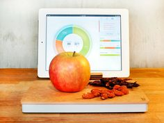 Prep Pad is the smart food scale that gives you real-time insight into your food. Eat more balanced meals by visualizing calories, carbs & protein intake. GetdatGadget.com/prep-pad-smart-food-scale-cum-nutritionist/