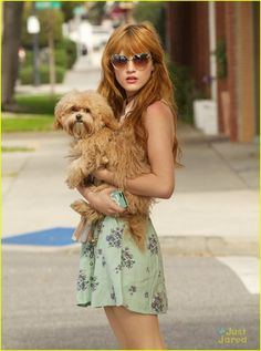 B Duncan Thorne puppy play time 01 Bella Thorne, Pet Fashion, High Fashion, Shake It Up, Chasing Pavements, Disney Channel Stars, Puppy Play, Dove Cameron, Zendaya