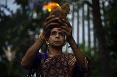 Diwali, festa di luce e affetti: le foto più belle