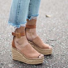 #TuesdayShoesday wouldn't be complete without everyone's favorite Chloe wedges.