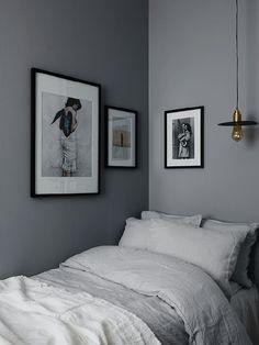 Gray bedroom. Photographer: Kristofer Johnsson Stylist   Decorator Anna Mårselius