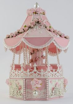 This Carousel Swing with 4 opening drawers, FREE templates, tutorial and WPC files 3d Paper Crafts, Paper Art, Diy And Crafts, Paper Crafting, Album Photo Scrap, Creation Deco, Fun Fair, Exploding Boxes, Explosion Box