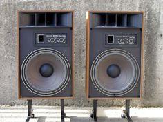 high end Audio rooms used high end audio equipment for sale - High End Audio Equipment For Sale - Audiophile Speakers, Hifi Audio, Stereo Speakers, Wireless Speakers, Home Speakers, Bookshelf Speakers, Equipment For Sale, Audio Equipment, Mach One