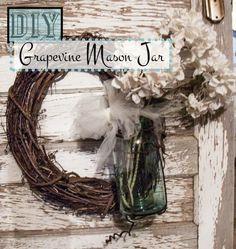 DIY Mason Jar Bathroom | DIY Grapevine Mason Jar