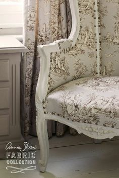 Brocante Home Collection: Introducing Annie Sloan Fabrics