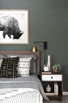 une chambre à coucher vintage d'esprit bohème chic, comment adopter la tendance ethnique chic