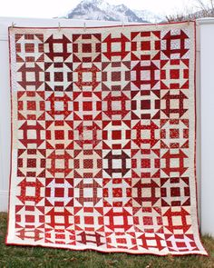 Churn Dash Quilt Block tutorial by Amy Smart of Diary of a Quilter. Available in two different sizes as part of the Riley Blake Quilt Block challenge. Two Color Quilts, Blue Quilts, Churn Dash Quilt, Red And White Quilts, Traditional Quilts, Quilt Patterns, Quilting Ideas, Block Patterns, Quilting Projects